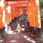 神社と少女